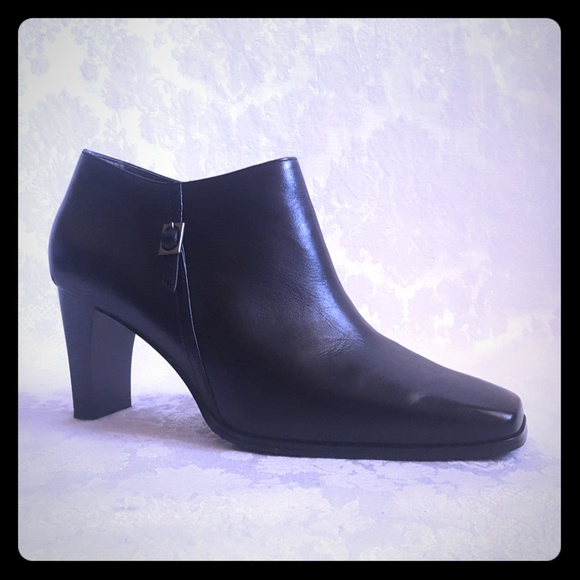 1eb5fa525a00 ⚂DISC SHIP⚂NWOT 8 Wide Markon Leather Ankle Boot. M 5b95a45bdf0307477a383213
